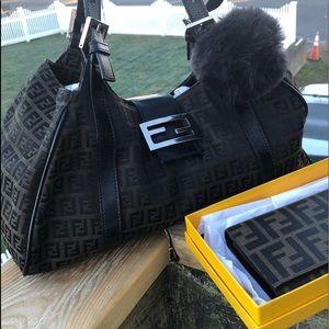 FENDI Zucca Hobo & Wallet Set !